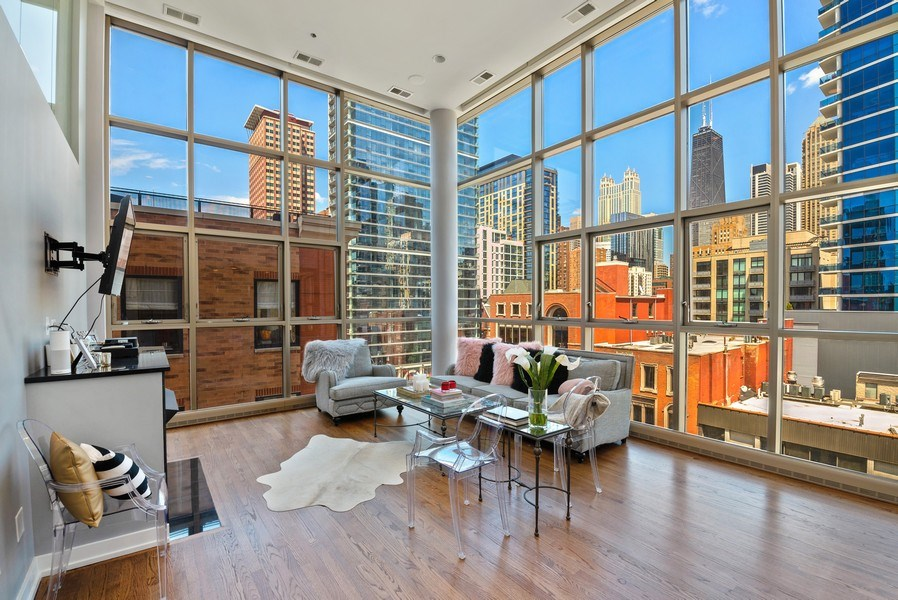 Real Estate Photography - 150 W. Superior St., 702, Chicago, IL, 60654 - Living Room