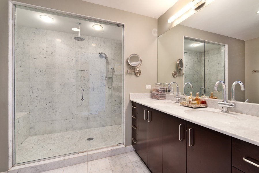 Real Estate Photography - 150 W. Superior St., 702, Chicago, IL, 60654 - Master Bathroom