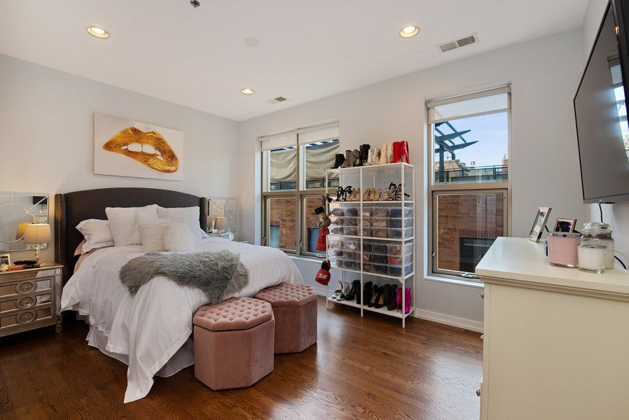 Real Estate Photography - 150 W. Superior St., 702, Chicago, IL, 60654 - Master Bedroom