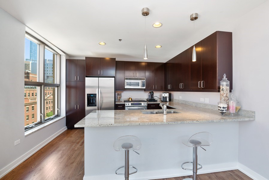 Real Estate Photography - 150 W. Superior St., 702, Chicago, IL, 60654 - Kitchen