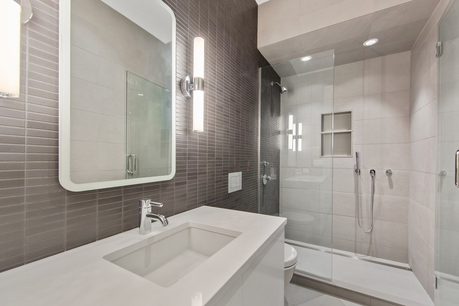 Real Estate Photography - 610 S Oak St, Hinsdale, IL, 60521 - 5th Bathroom