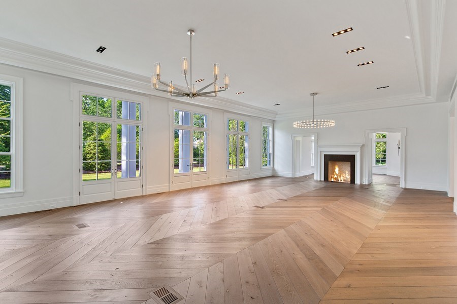 Real Estate Photography - 610 S Oak St, Hinsdale, IL, 60521 - Great room