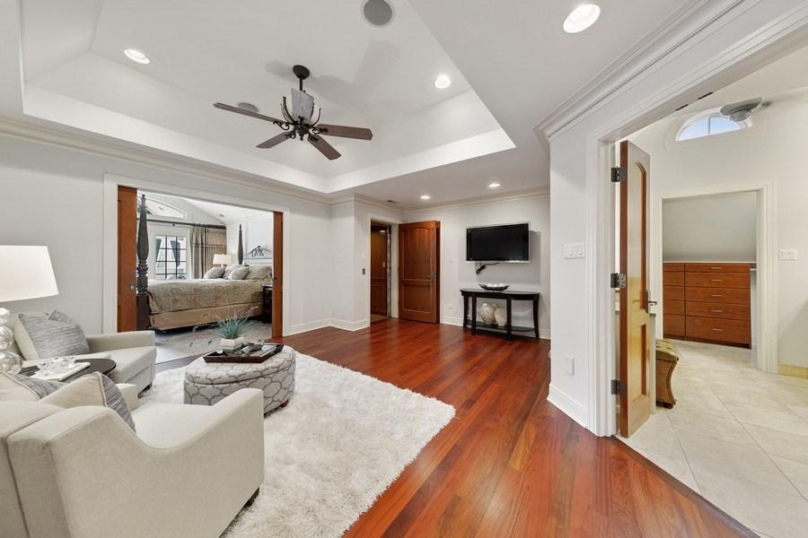 Real Estate Photography - 6012 Sedgley Ct, Burr Ridge, IL, 60527 - Master Bedroom
