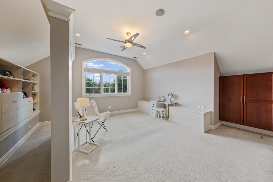 Real Estate Photography - 6012 Sedgley Ct, Burr Ridge, IL, 60527 - 3rd Floor