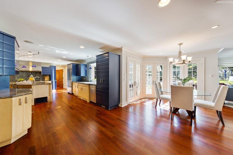 Real Estate Photography - 6012 Sedgley Ct, Burr Ridge, IL, 60527 - Kitchen / Breakfast Room
