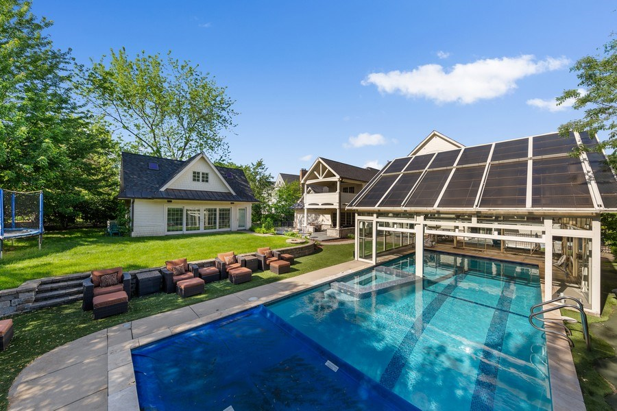 Real Estate Photography - 6012 Sedgley Ct, Burr Ridge, IL, 60527 - Back Yard