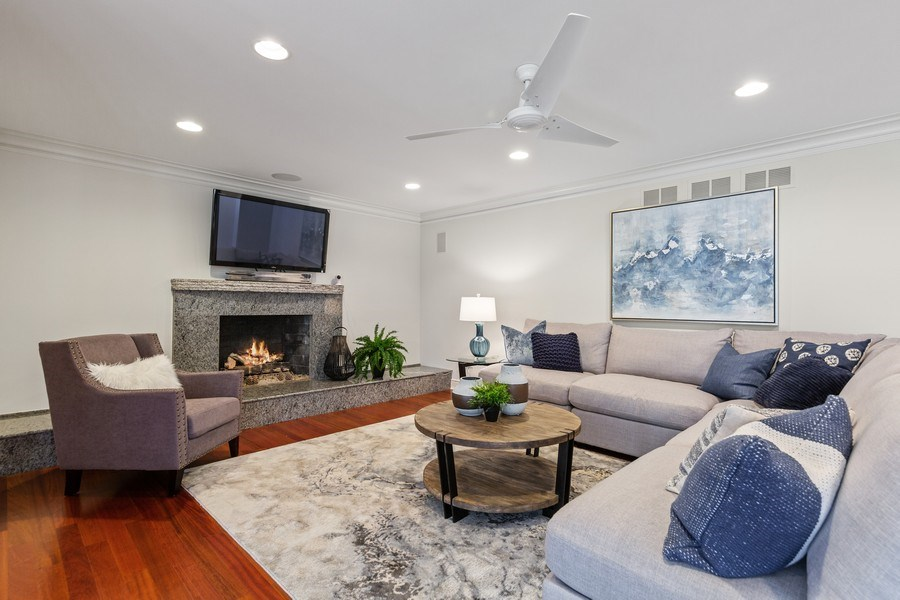 Real Estate Photography - 6012 Sedgley Ct, Burr Ridge, IL, 60527 - Family Room