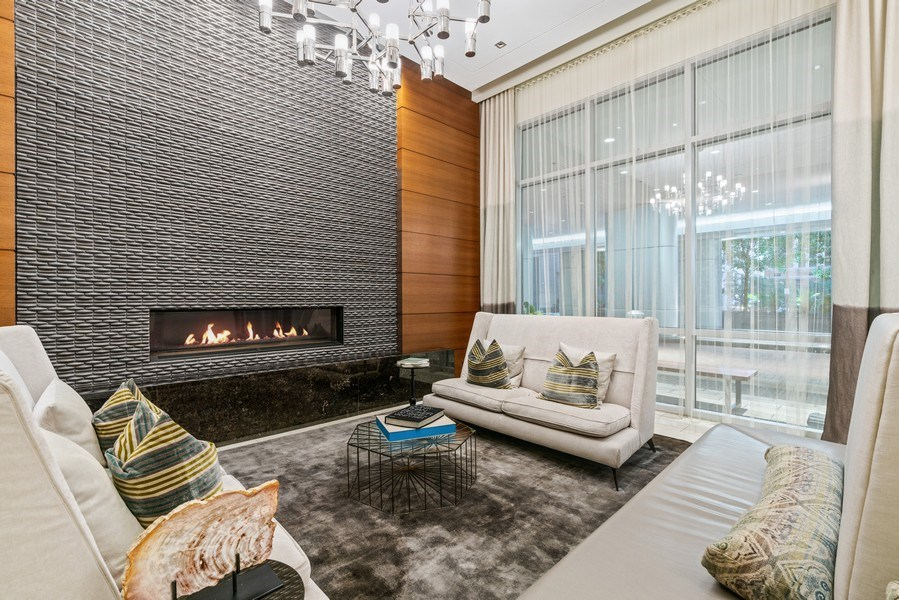 Real Estate Photography - 1201 S Prairie, 4201, Chicago, IL, 60605 - Lobby