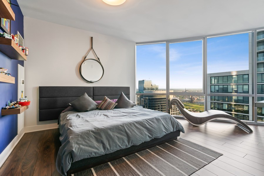 Real Estate Photography - 1201 S Prairie, 4201, Chicago, IL, 60605 - 2nd Bedroom