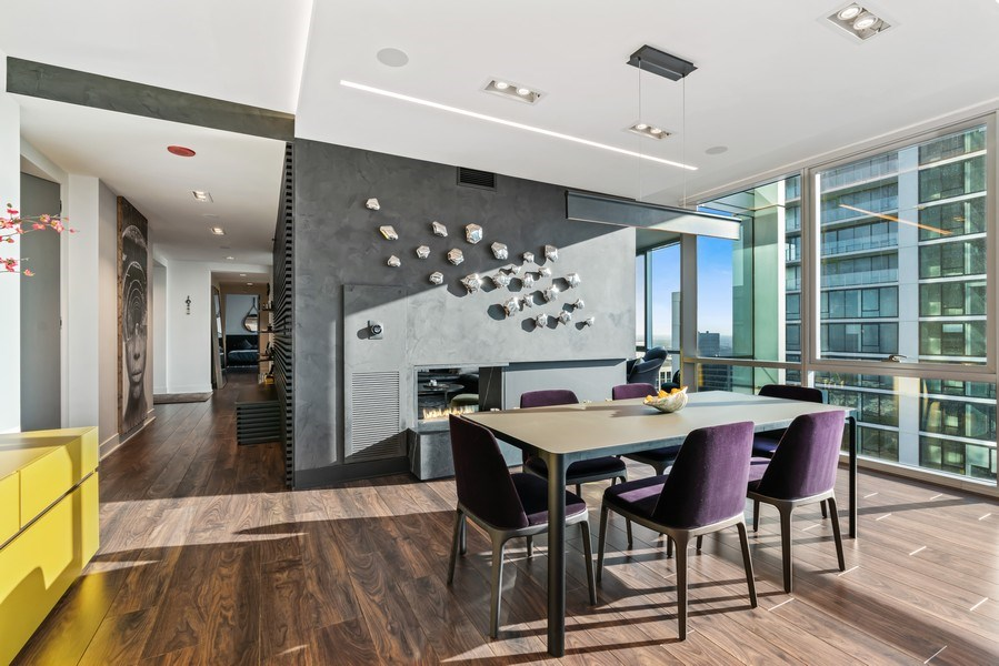 Real Estate Photography - 1201 S Prairie, 4201, Chicago, IL, 60605 - Dining Room