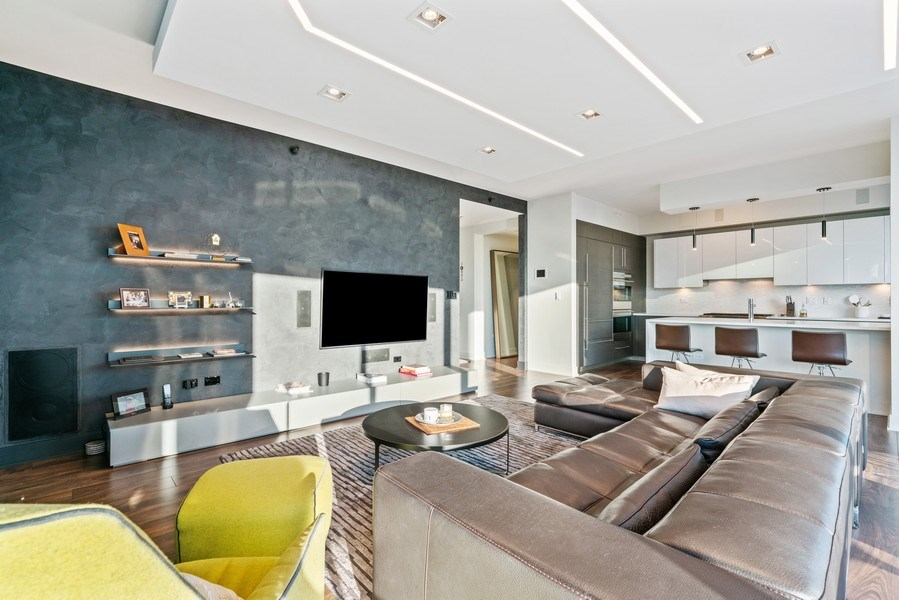Real Estate Photography - 1201 S Prairie, 4201, Chicago, IL, 60605 - Family Room