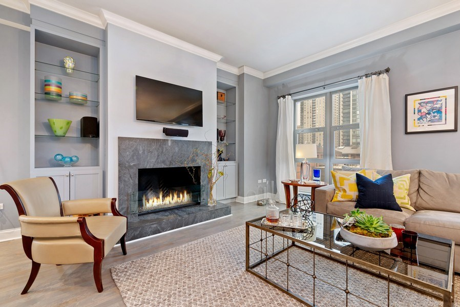Real Estate Photography - 1035 N Dearborn #6E, Chicago, IL, 60610 - Living Room