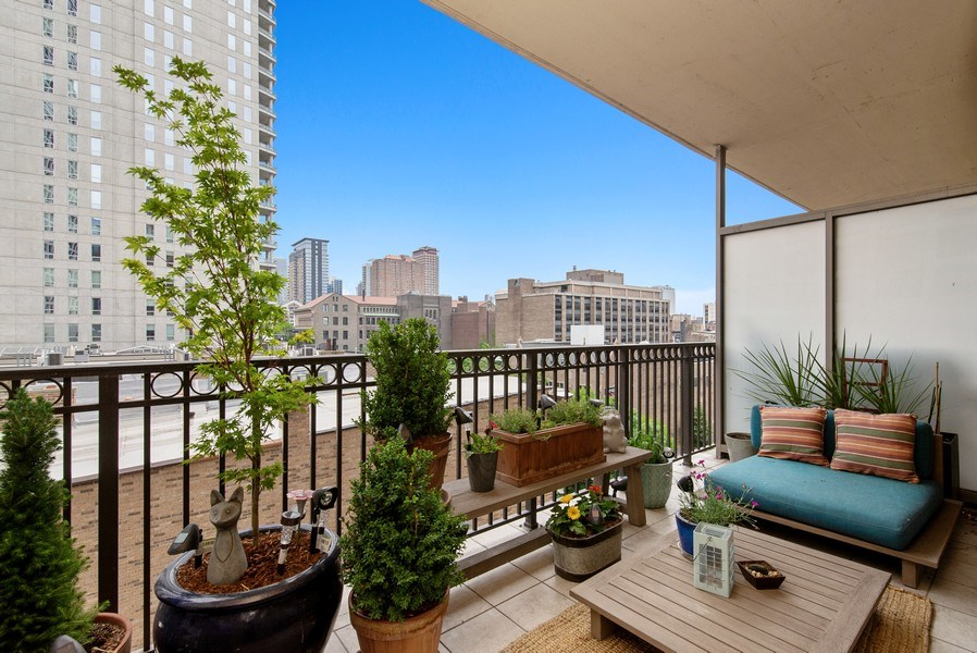 Real Estate Photography - 1035 N Dearborn #6E, Chicago, IL, 60610 - Balcony