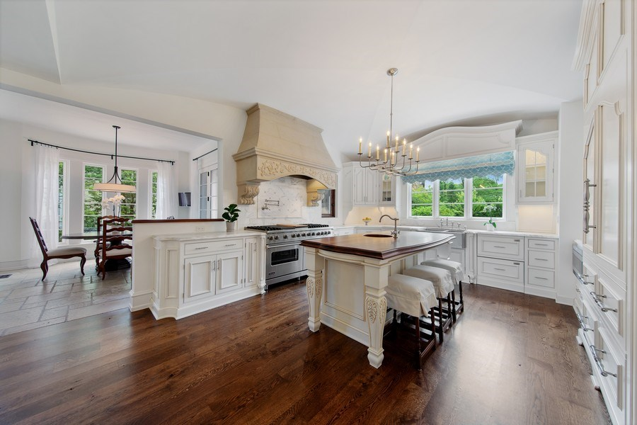 Real Estate Photography - 618 S Park Ave., Hinsdale, IL, 60521 - Kitchen / Breakfast Room