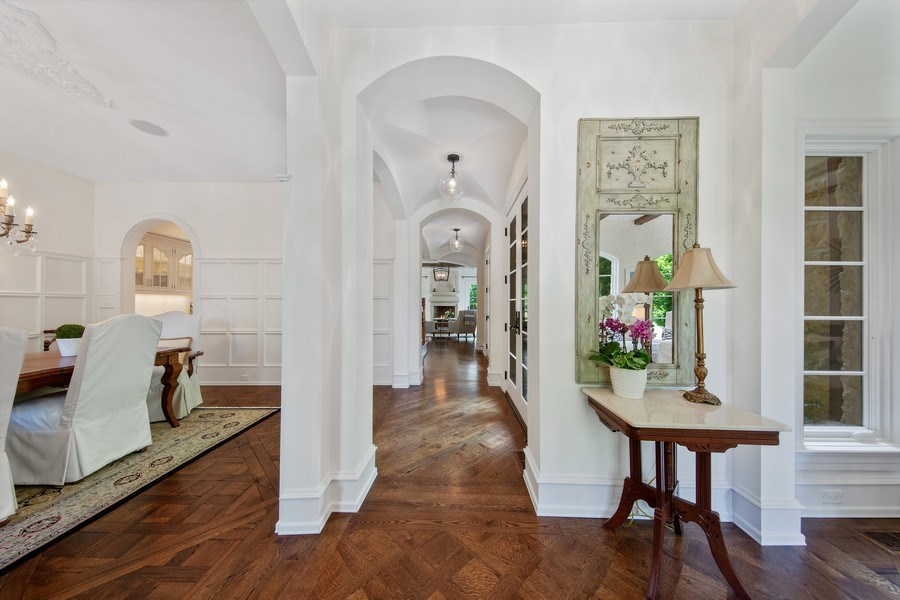 Real Estate Photography - 618 S Park Ave., Hinsdale, IL, 60521 - Foyer