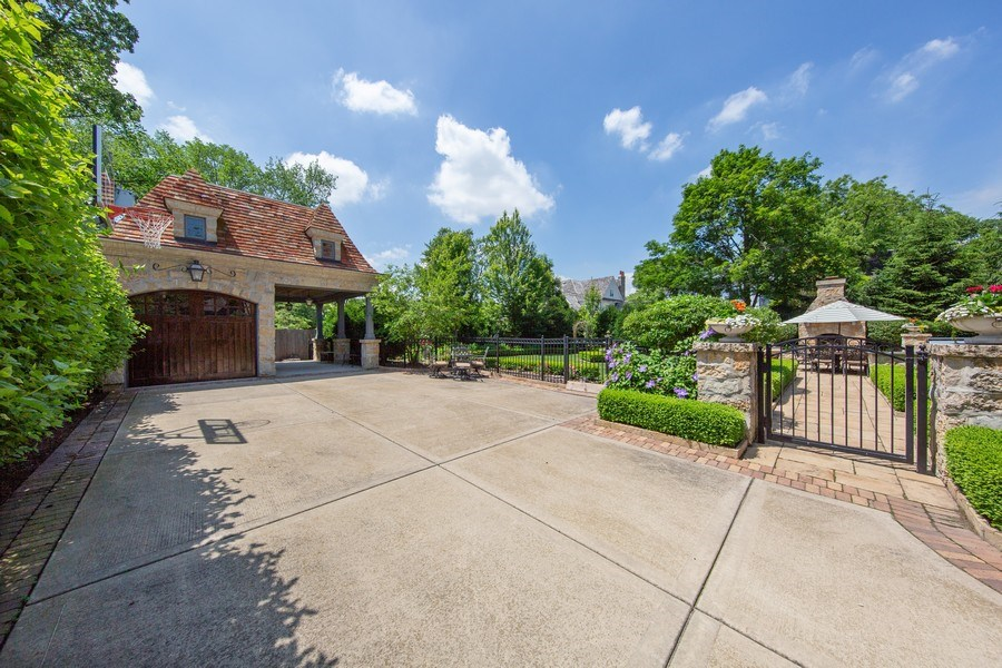 Real Estate Photography - 618 S Park Ave., Hinsdale, IL, 60521 - Garage