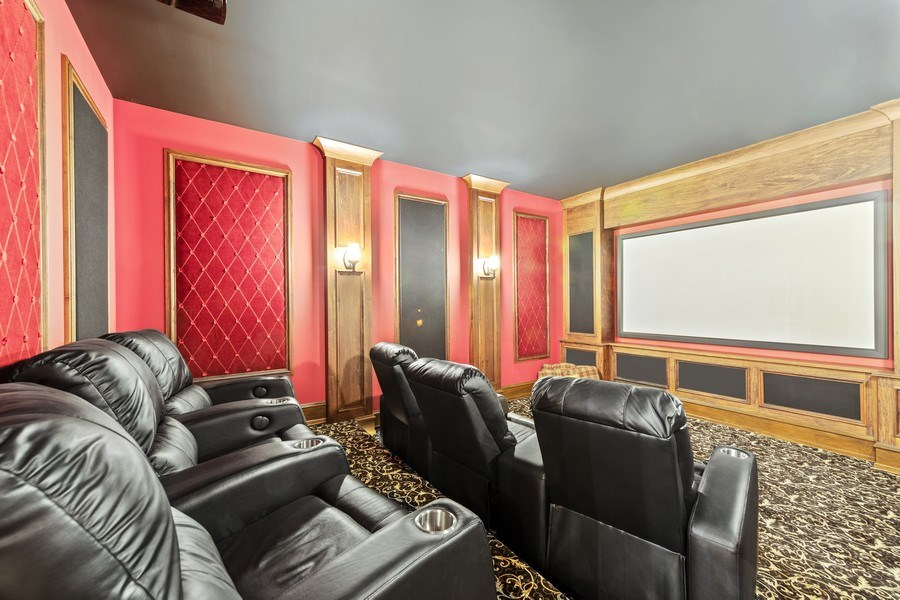 Real Estate Photography - 618 S Park Ave., Hinsdale, IL, 60521 - Theater