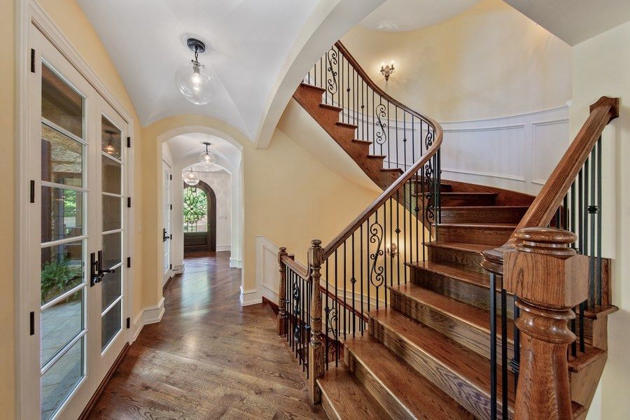 Real Estate Photography - 618 S Park Ave., Hinsdale, IL, 60521 - Staircase