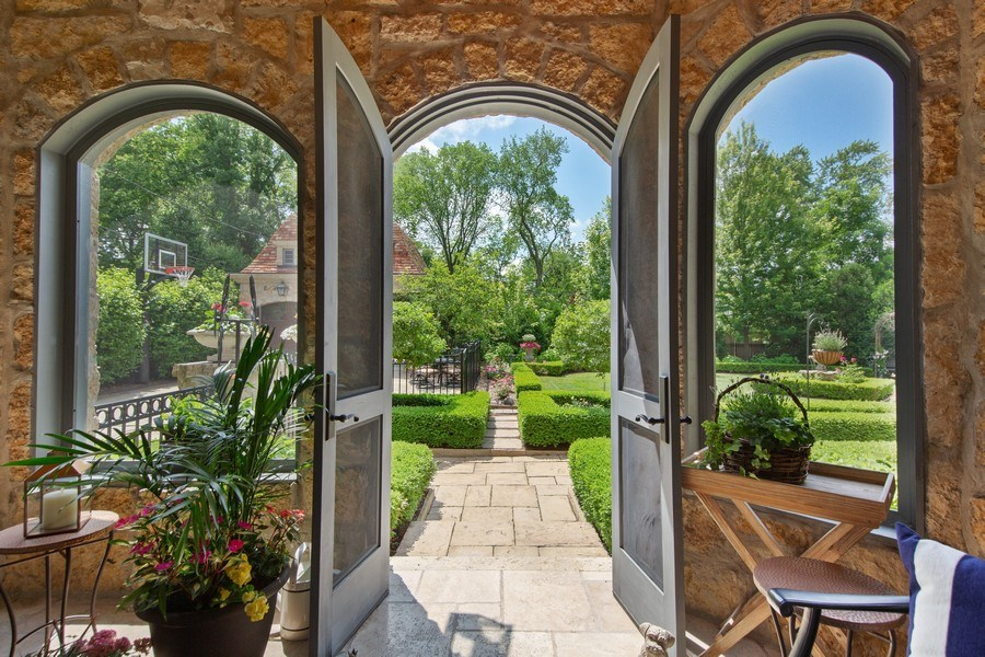 Real Estate Photography - 618 S Park Ave., Hinsdale, IL, 60521 - Sunroom