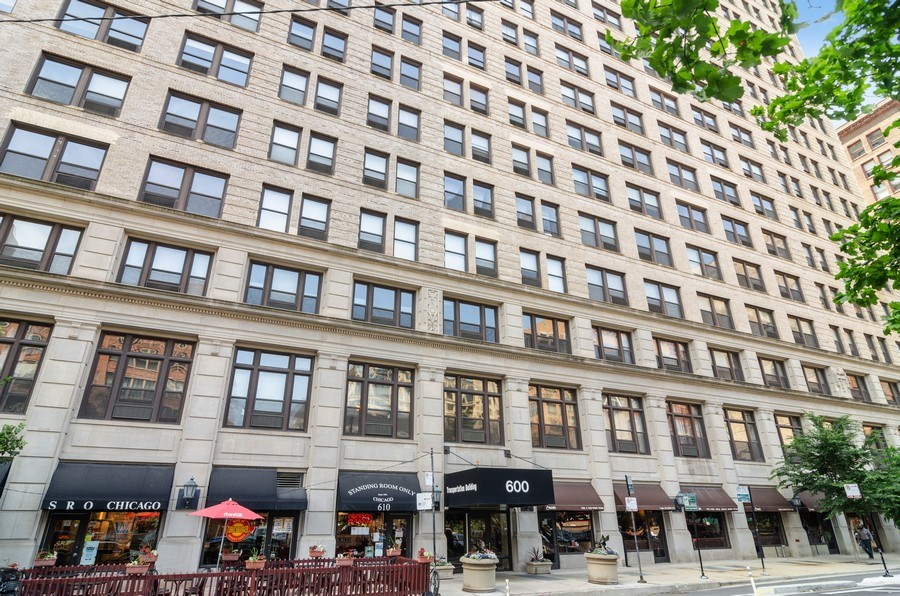 Real Estate Photography - 600 South Dearborn #1402, Chicago, IL, 60605 - Front View