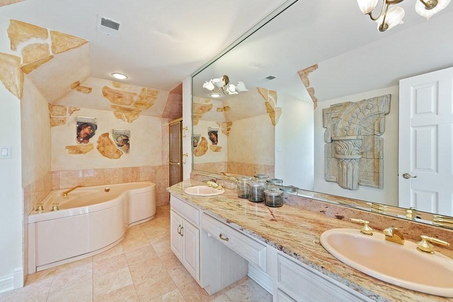 Real Estate Photography - 501 Ambriance Dr, Burr Ridge, IL, 60527 - Bathroom # 3