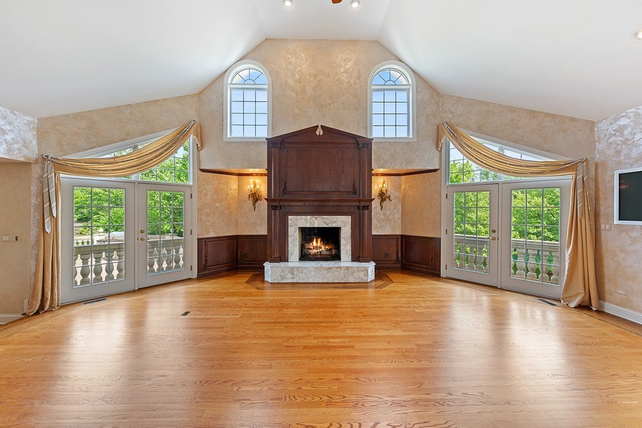 Real Estate Photography - 501 Ambriance Dr, Burr Ridge, IL, 60527 - Family Room