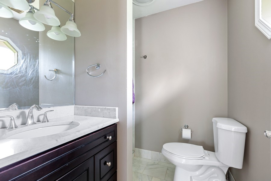 Real Estate Photography - 305 Columbine Drive, Clarendon Hills, IL, 60514 - Master Bathroom