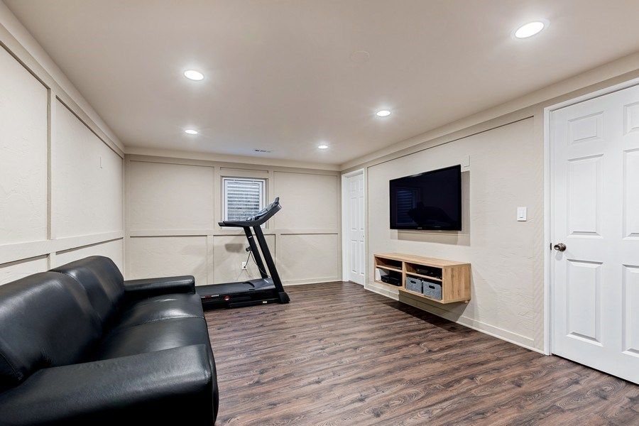 Real Estate Photography - 305 Columbine Drive, Clarendon Hills, IL, 60514 - Recreation Room