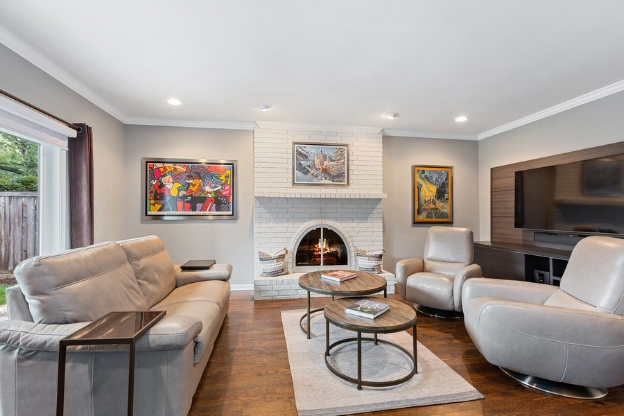 Real Estate Photography - 305 Columbine Drive, Clarendon Hills, IL, 60514 - Family Room