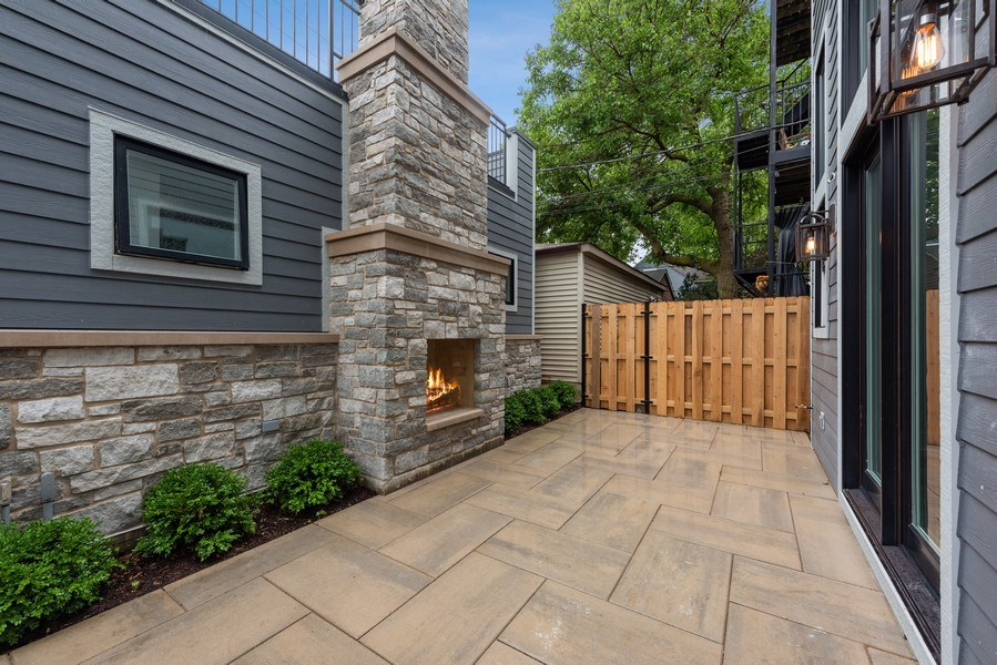 Real Estate Photography - 4102 N Oakley, Chicago, IL, 60618 - Patio