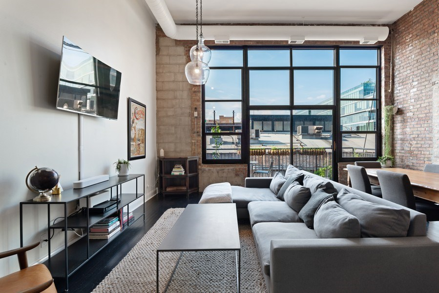 Real Estate Photography - 215 N. Aberdeen Unit 311A, Chicago, IL, 60607 - Living Room