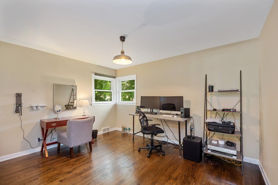 Real Estate Photography - 1513 Hoffman Ave, Park Ridge, IL, 60068 - Bedroom