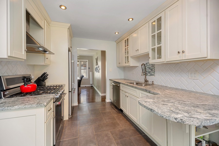 Real Estate Photography - 1513 Hoffman Ave, Park Ridge, IL, 60068 - Kitchen