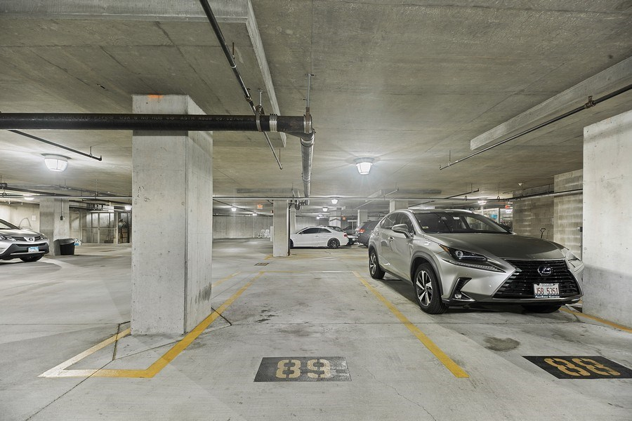 Real Estate Photography - 50 N Northwest Hwy, 208, Park Ridge, IL, 60068 - Parking Area