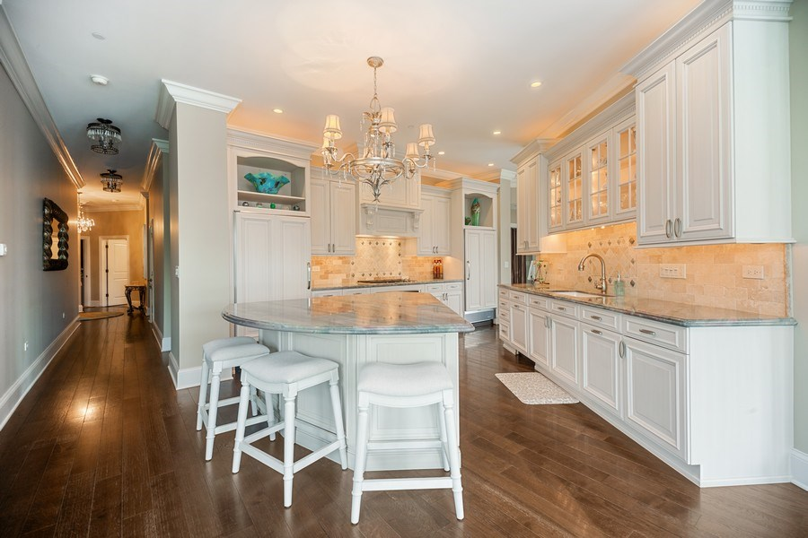 Real Estate Photography - 50 N Northwest Hwy, 208, Park Ridge, IL, 60068 - Kitchen