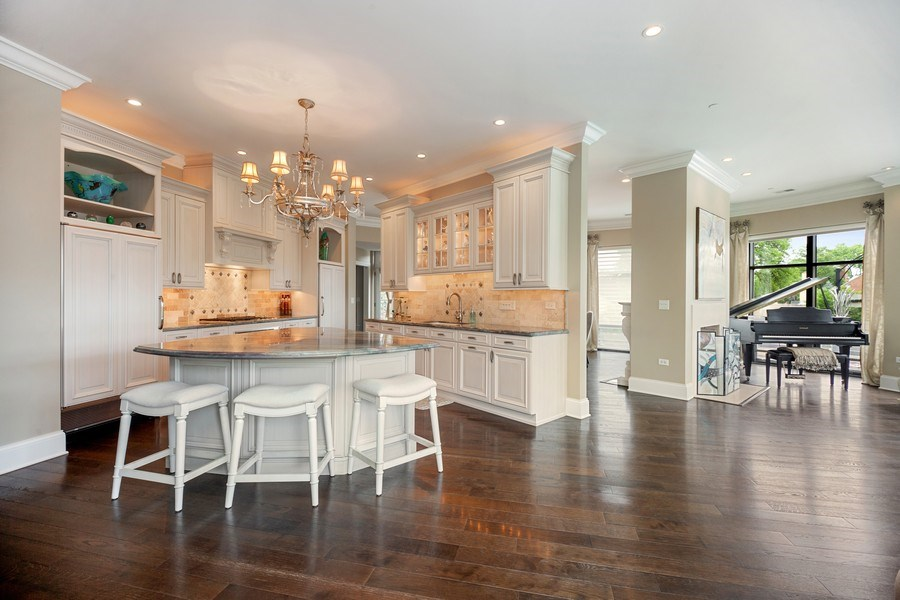 Real Estate Photography - 50 N Northwest Hwy, 208, Park Ridge, IL, 60068 - Kitchen / Living Room