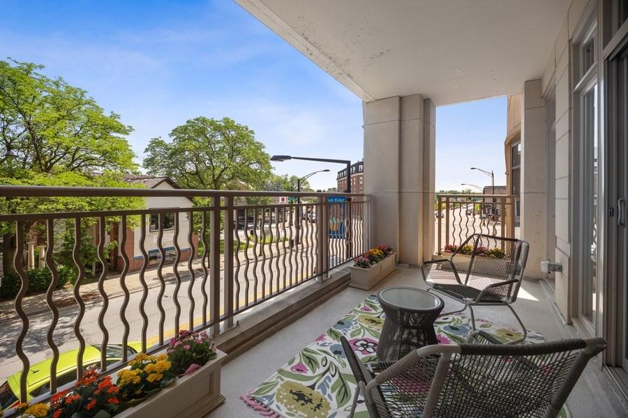 Real Estate Photography - 50 N Northwest Hwy, 208, Park Ridge, IL, 60068 - Balcony