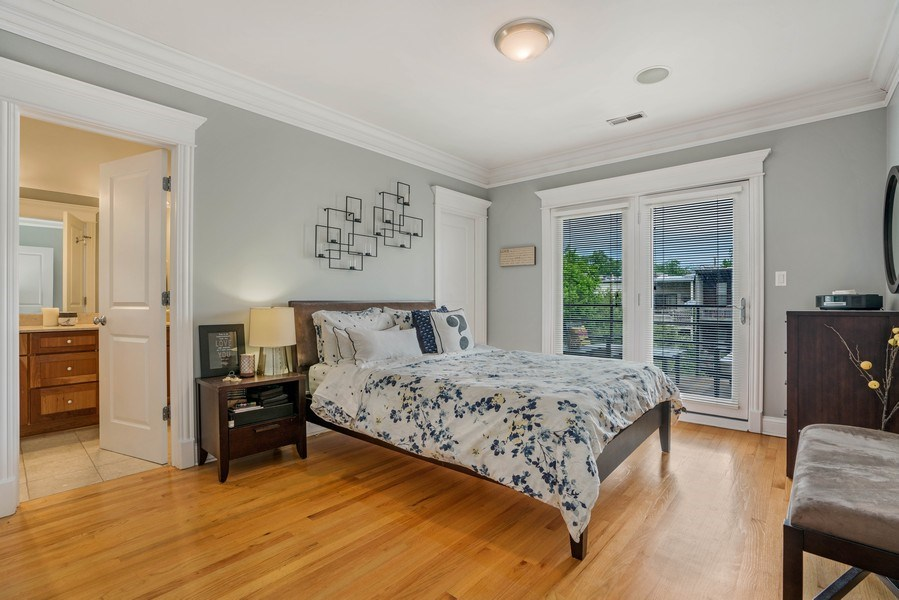 Real Estate Photography - 848 W Roscoe #3, Chicago, IL, 60657 - Master Bedroom