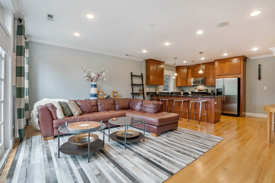 Real Estate Photography - 848 W Roscoe #3, Chicago, IL, 60657 - Living Room