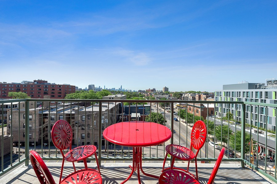 Real Estate Photography - 3631 N Halsted Street #512, Chicago, IL, 60613 - Terrace