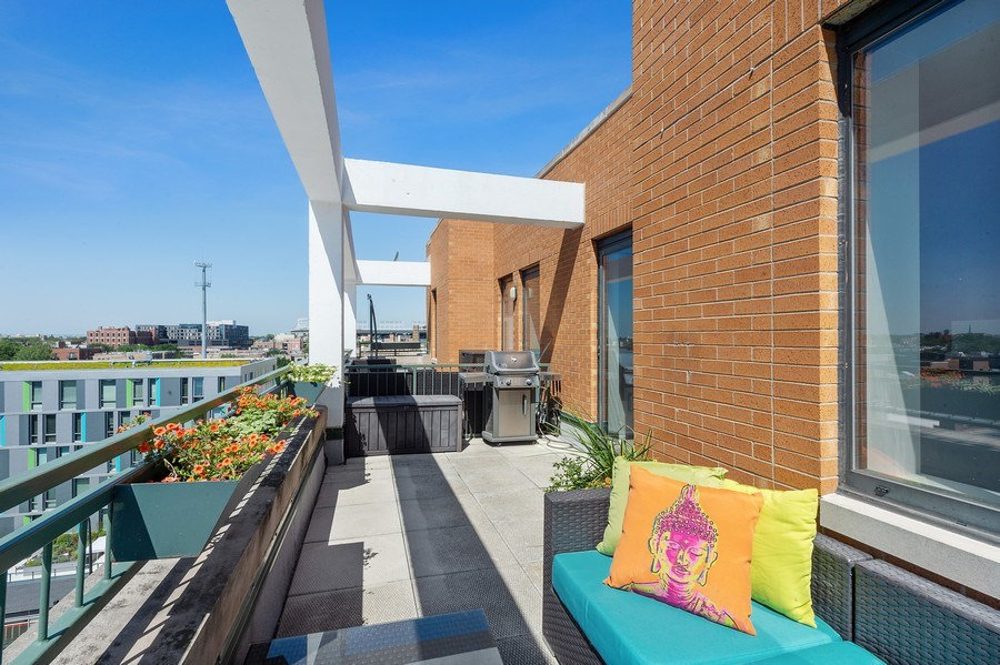 Real Estate Photography - 3631 N Halsted Street #512, Chicago, IL, 60613 -