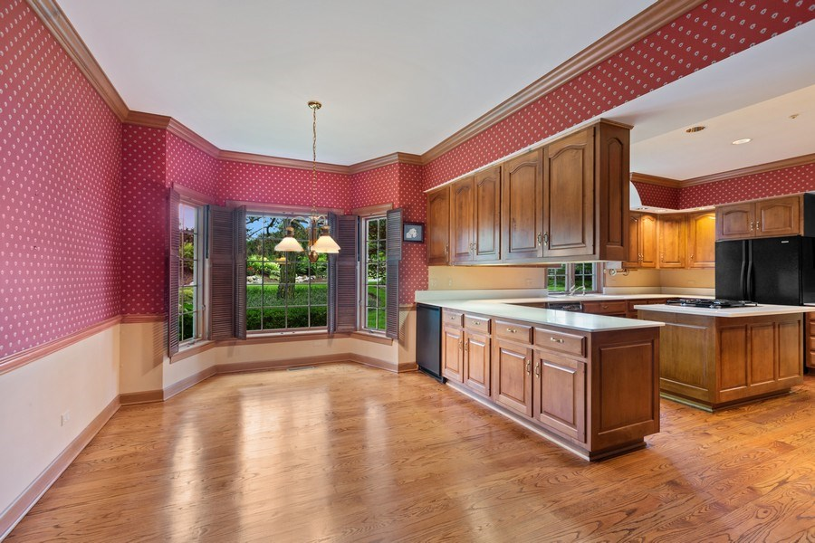 Real Estate Photography - 203 Burr Ridge Club, Burr Ridge, IL, 60527 - Breakfast Area
