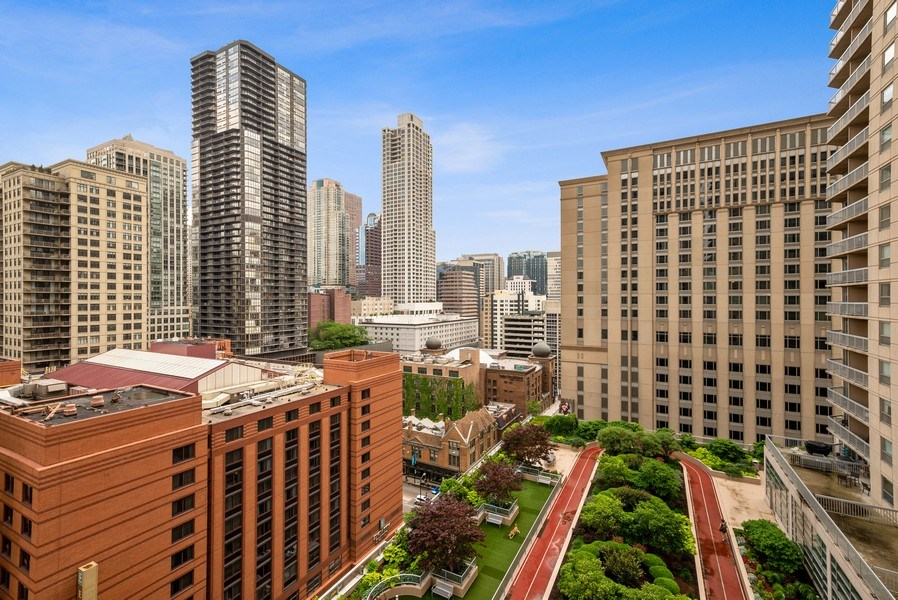 Real Estate Photography - 545 Dearborn, Unit W1606, Chicago, IL, 60654 - View