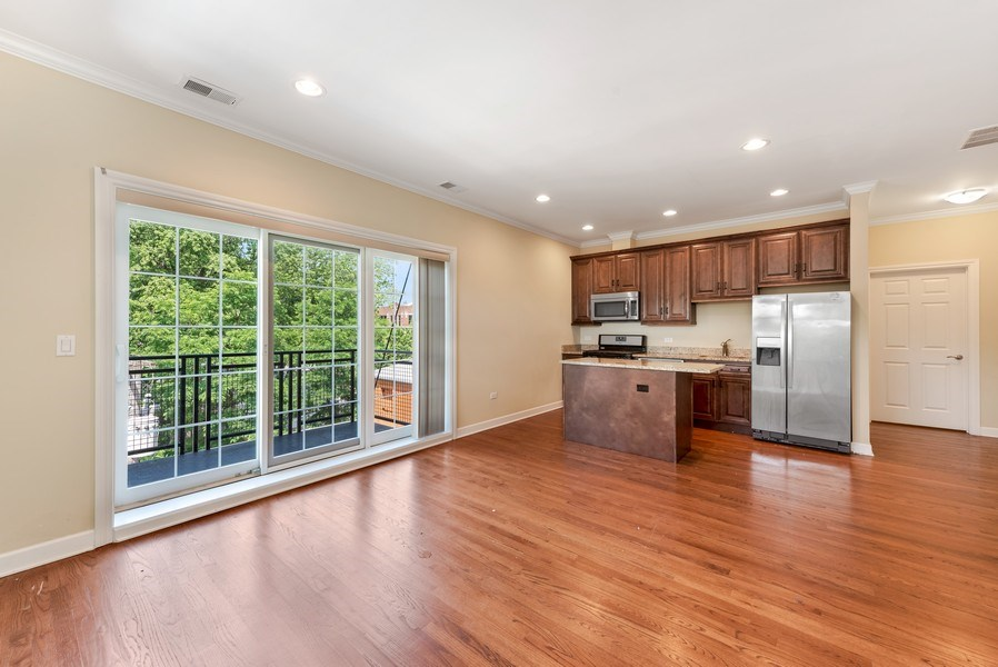 Real Estate Photography - 1625 W Irving Park Rd, Chicago, IL, 60613 - Living Room
