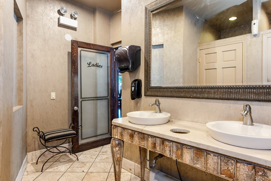 Real Estate Photography - 1625 W Irving Park Rd, Chicago, IL, 60613 -