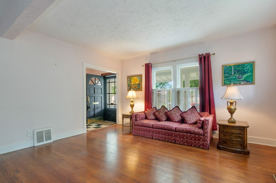 Real Estate Photography - 442 N. Cook St., Barrington, IL, 60010 - Living Room