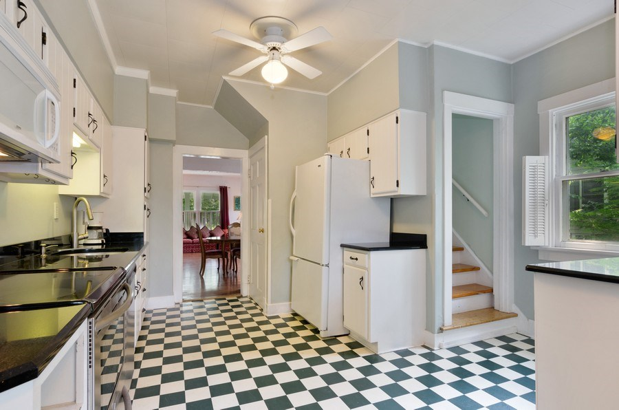 Real Estate Photography - 442 N. Cook St., Barrington, IL, 60010 - Kitchen