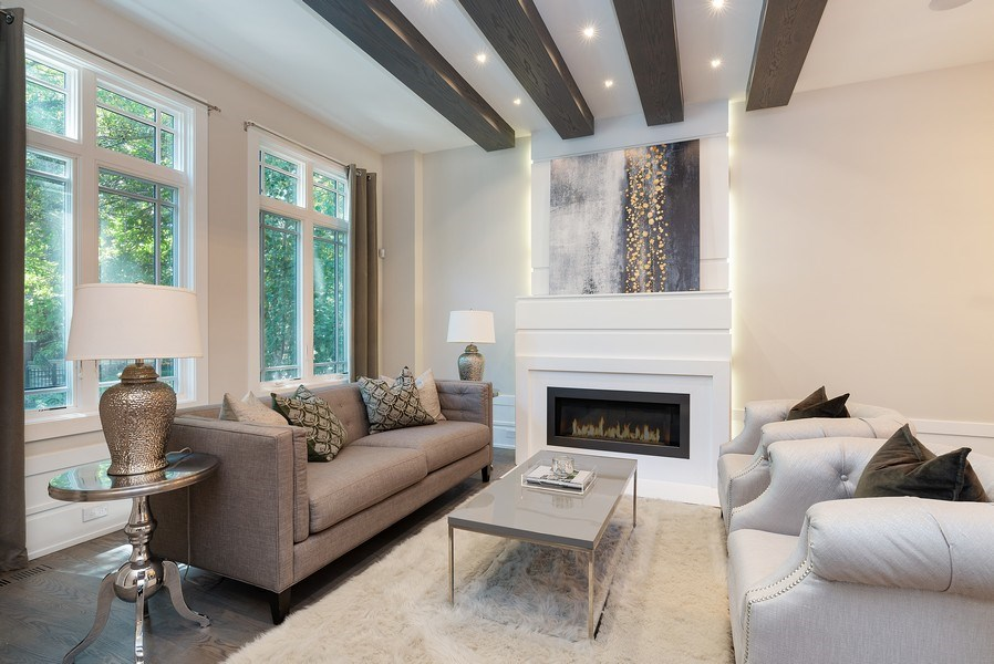 Real Estate Photography - 1428 W Wolfram Street, Chicago, IL, 60657 - Living Room