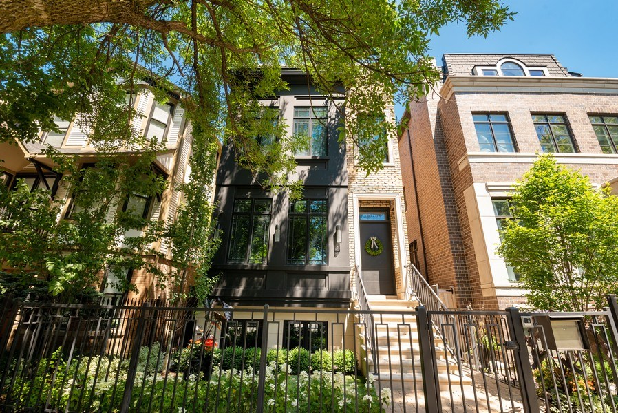 Real Estate Photography - 1428 W Wolfram Street, Chicago, IL, 60657 - Front View