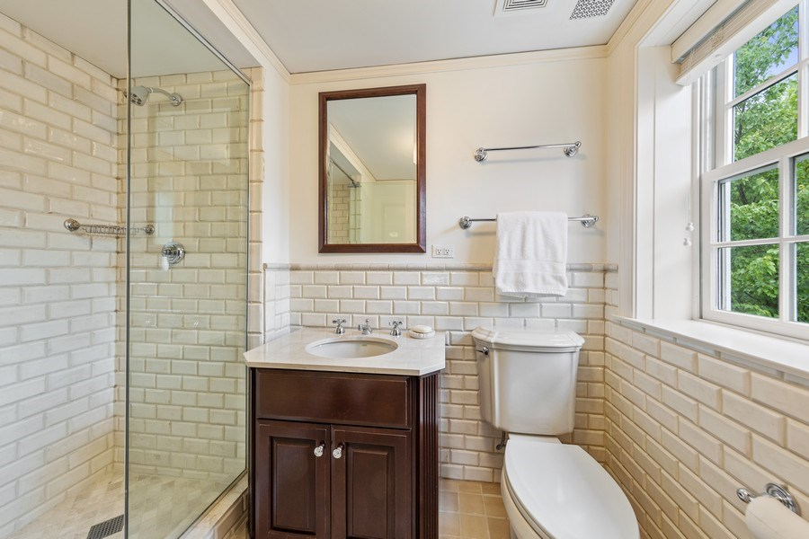 Real Estate Photography - 323 Hillcrest, Hinsdale, IL, 60521 - 3rd Bathroom